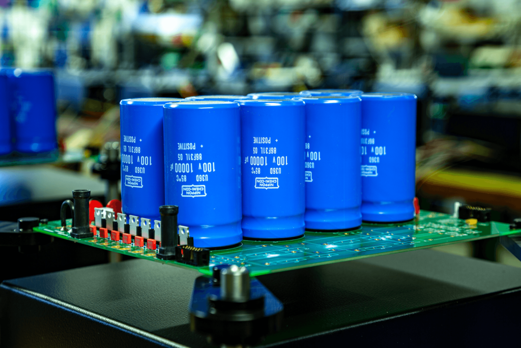 Telos 2500 Nextgen transistor amplifier