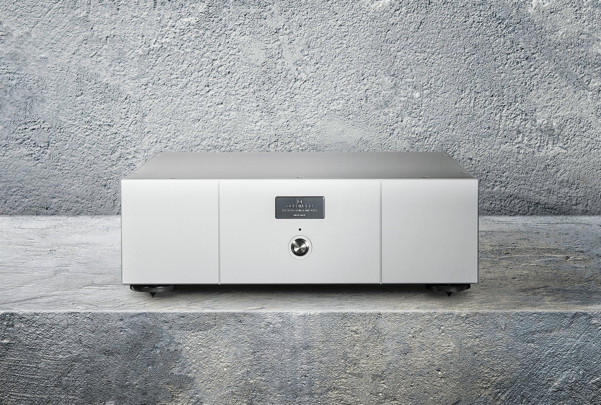 Telos 300 stereo power amplifier